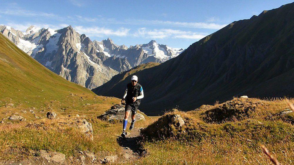 Randonnée : Le Balcon du Massif du Mont blanc - col du Sapin - col d'entre deux sauts - col de Malatra