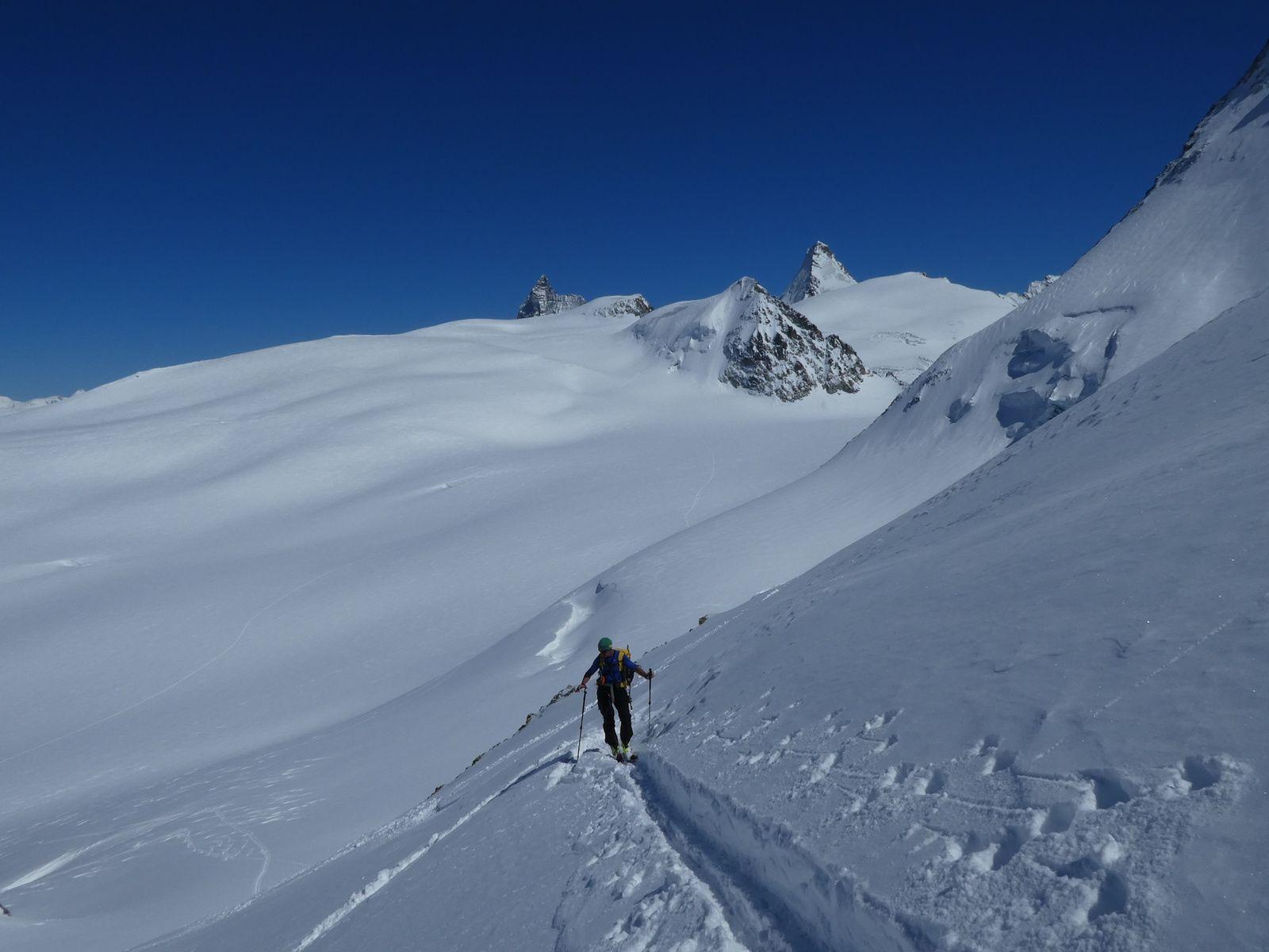 Vidéo : ski de randonnée - Dents de bertol 3524 m