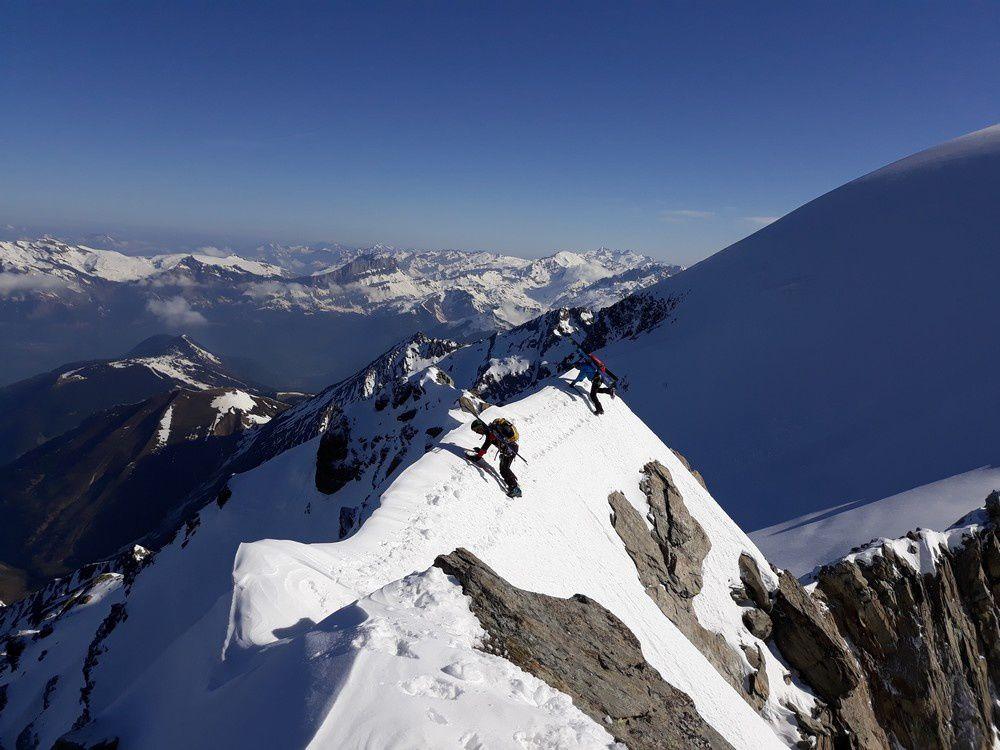 Ski de randonnée : les Dômes de Miage à l'envers descente par le glacier de Tré la Tête