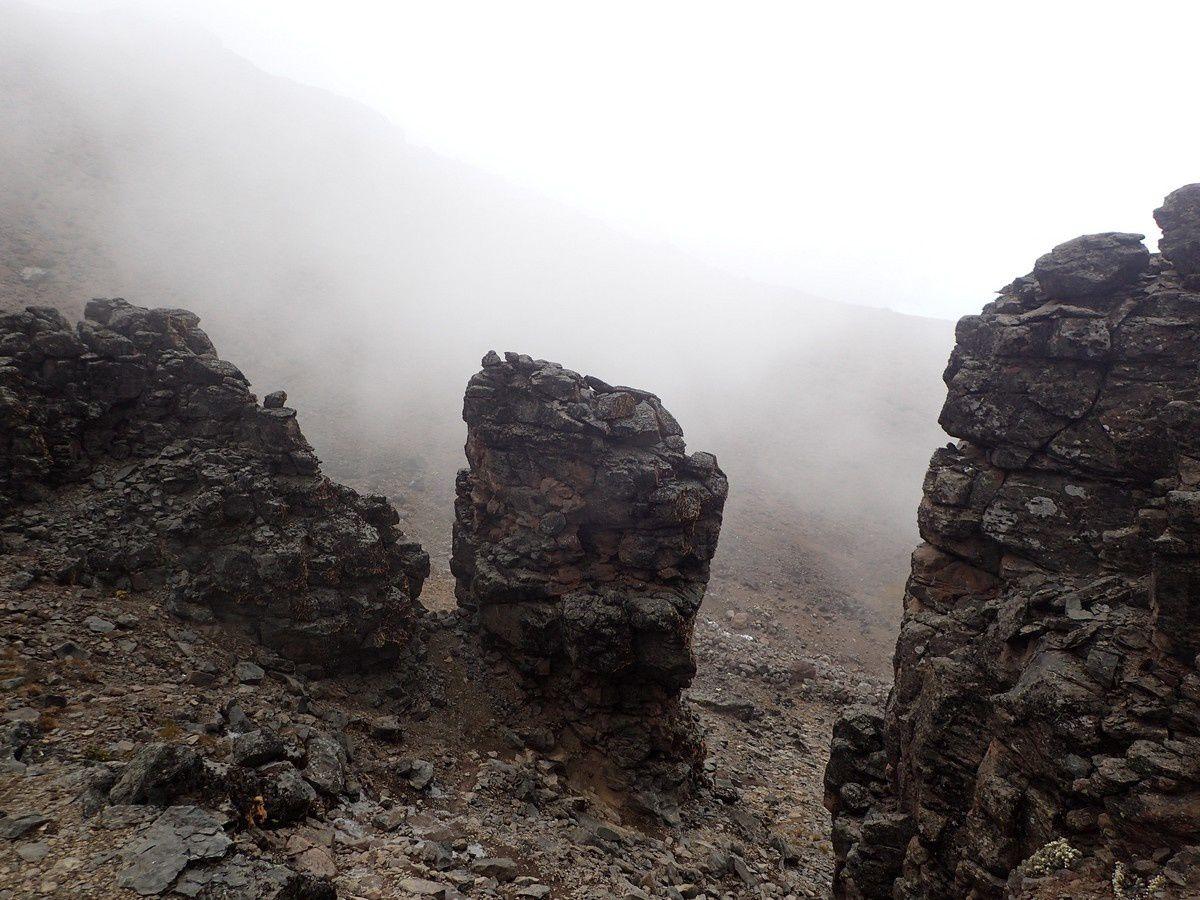 Lava Tower et descente  Baranco camp - (avec maux de tête)