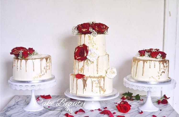 Wedding Cake façon Layer Cake Doré & Rouge