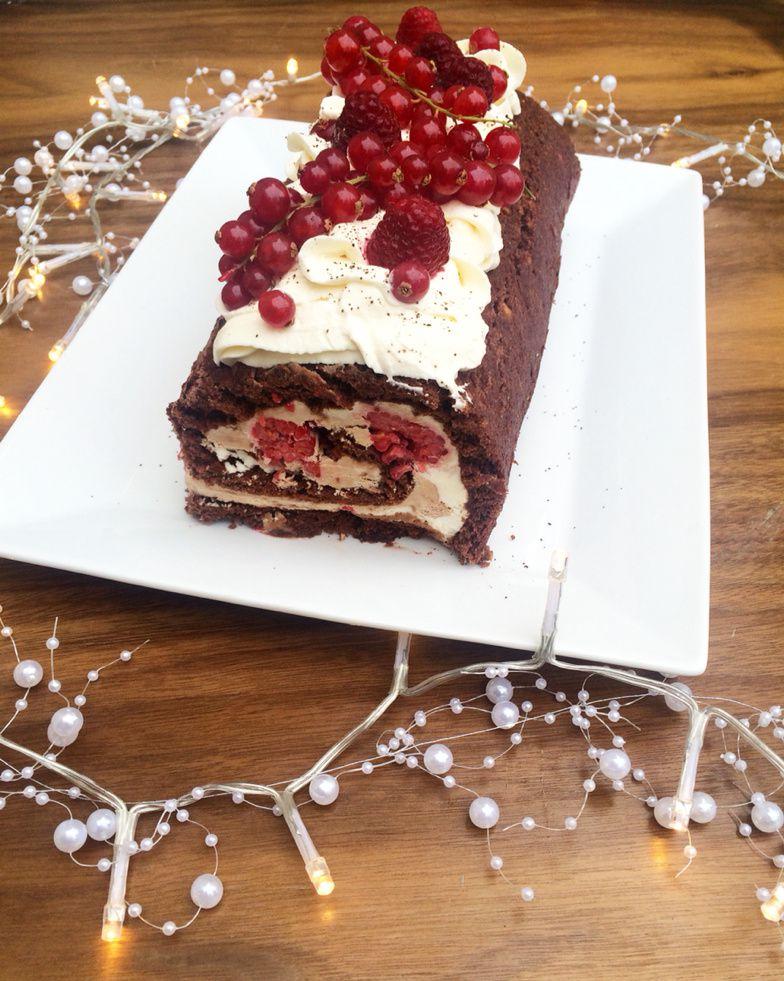 Bûche Chocolat, Vanille & Fruits Rouge
