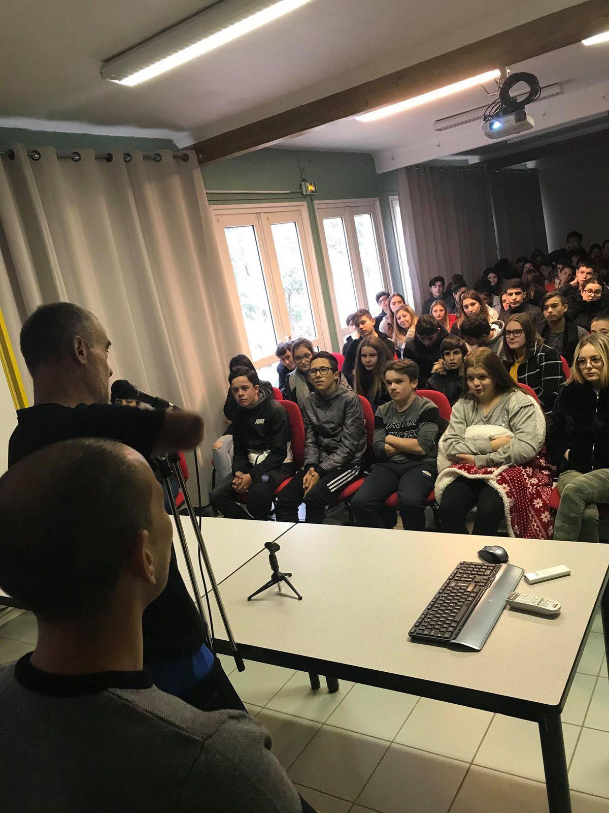 Conférence à l'EREA Ajaccio