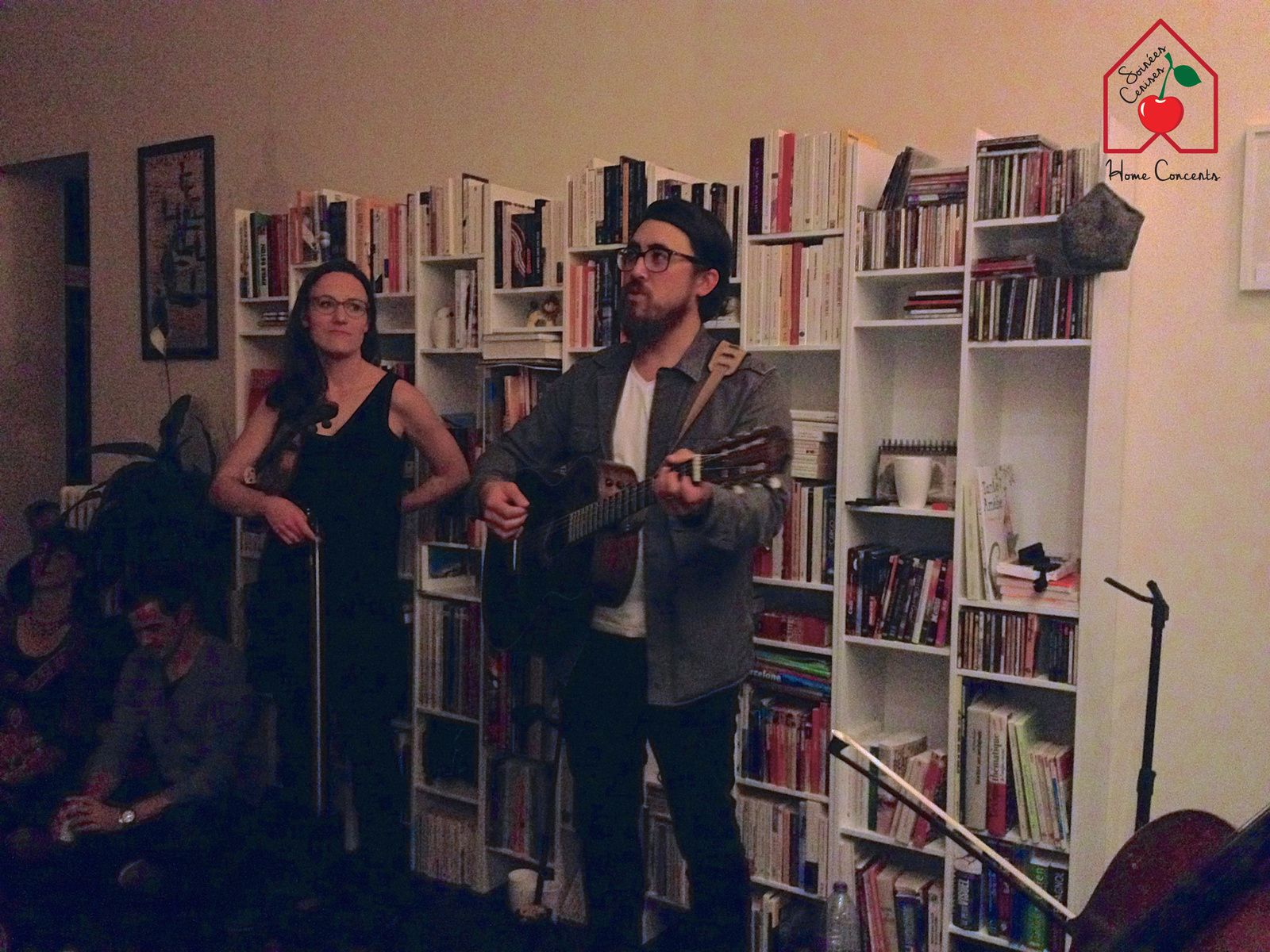 ▶ Photo / Videos du Concert en appartement avec PJ Hoe  (Canada) @ Ixelles (Germoir) le 07/10/2017