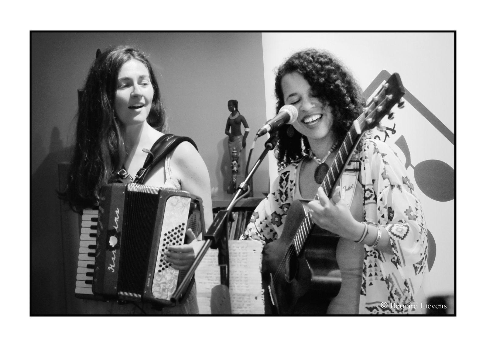 ▶ Photos - Shelby Ouattara @ Home concerts Soirées Cerises / Drogenbos - 21/07/2019