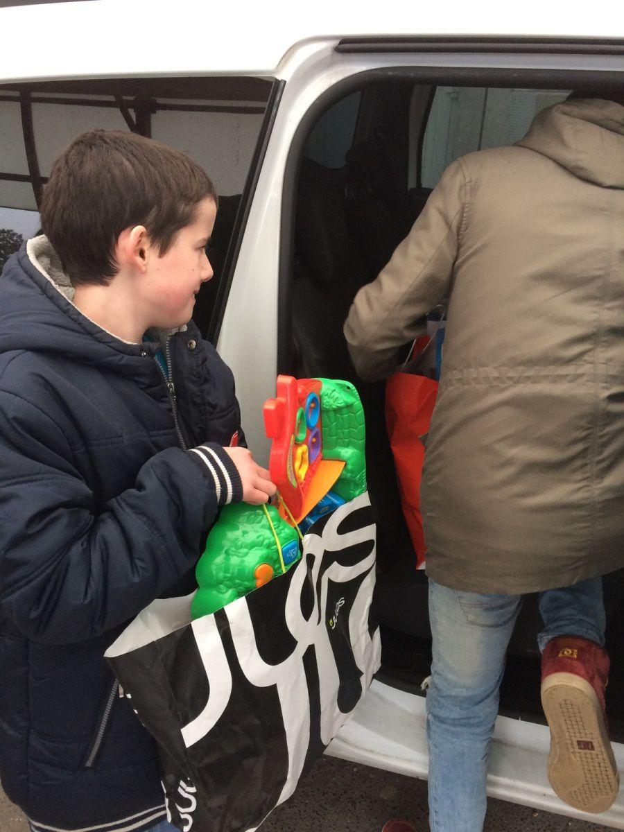 Collecte de jouets au collège Boris Vian