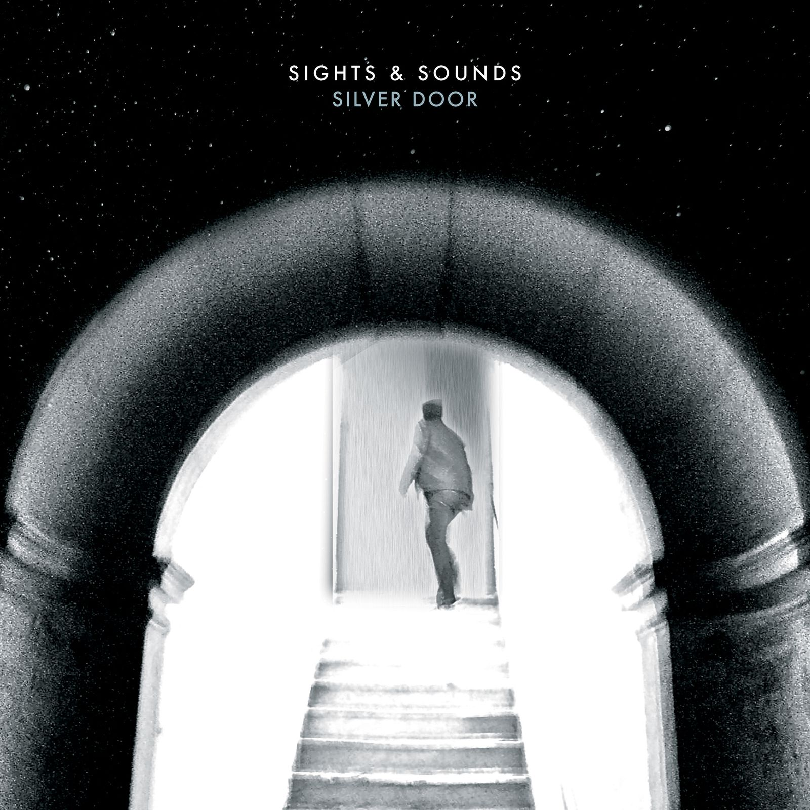 """CD review SIGHTS & SOUNDS """"Silver door"""""""