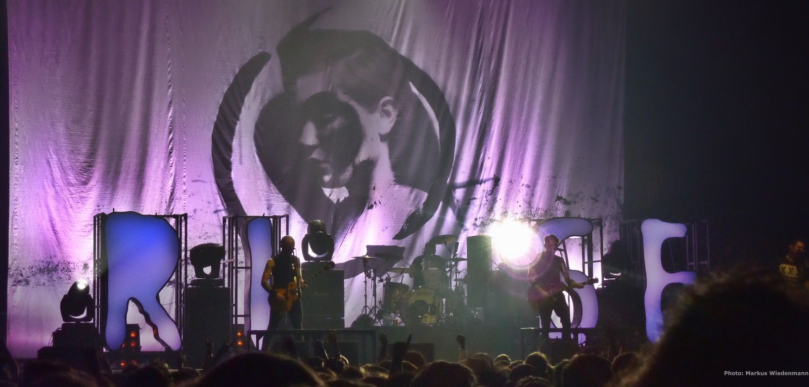 Live review RISE AGAINST / PENNYWISE, Amsterdam, 13.11.2014
