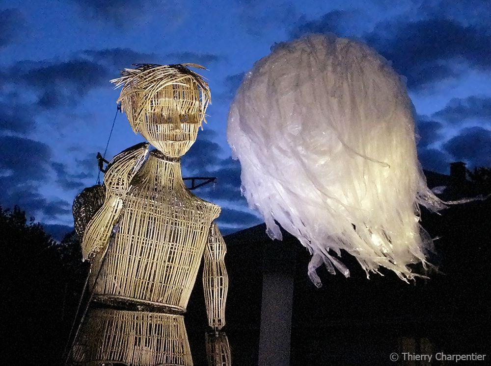 La Marionnette Géante