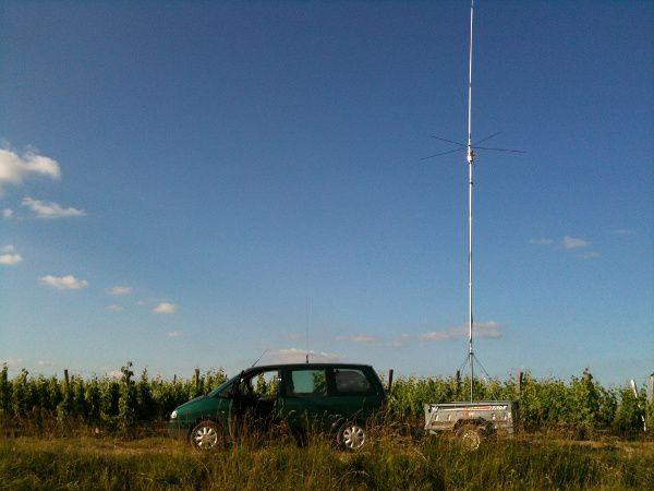 Installation d'antenne Cibi dans une remorque