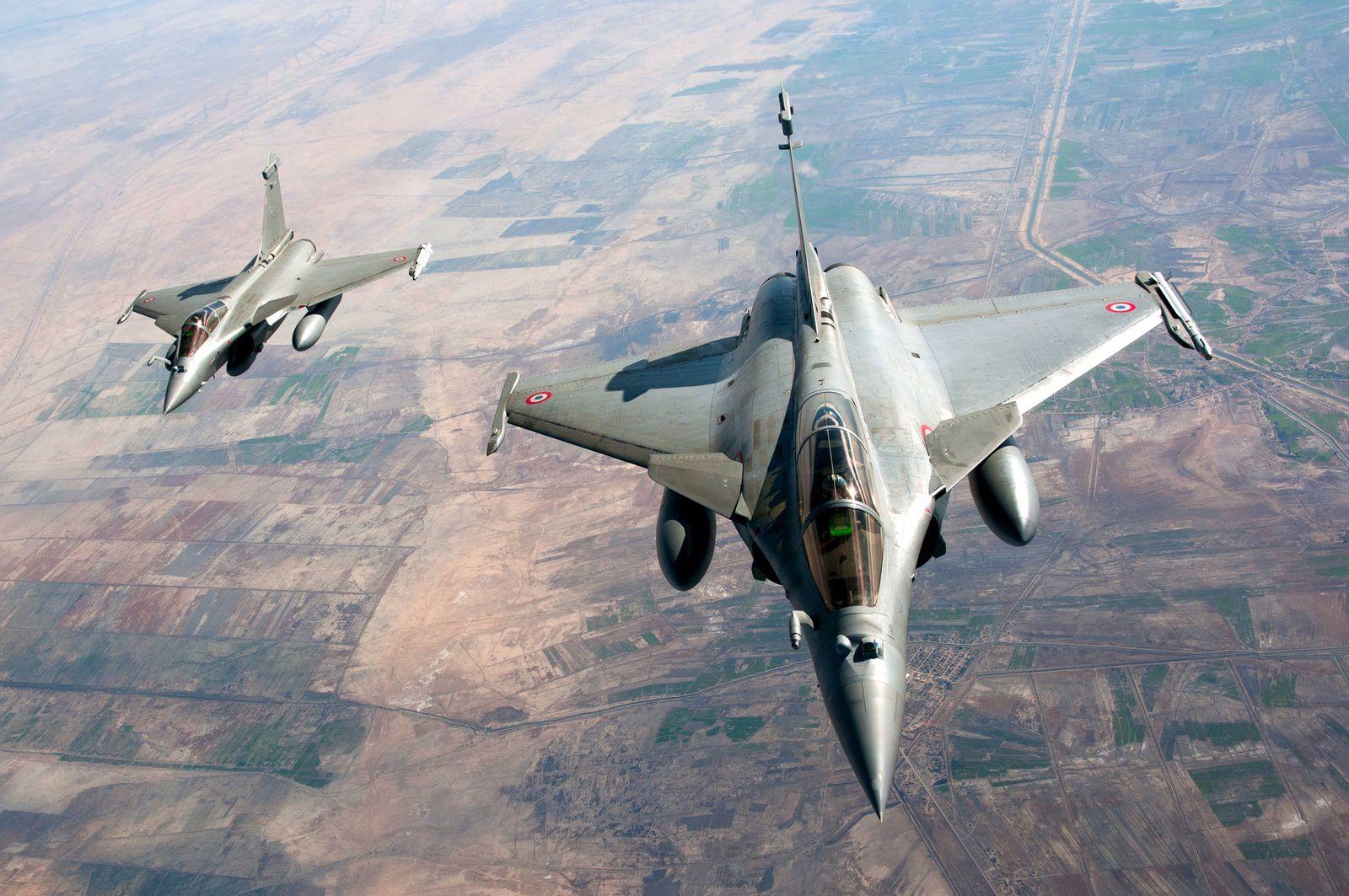 © Armée de l'Air - Pas de frappes aériennes sans les indispensables missions ISR. Ici, les Rafale emportent la nacelle de reconnaissance RECO-NG.