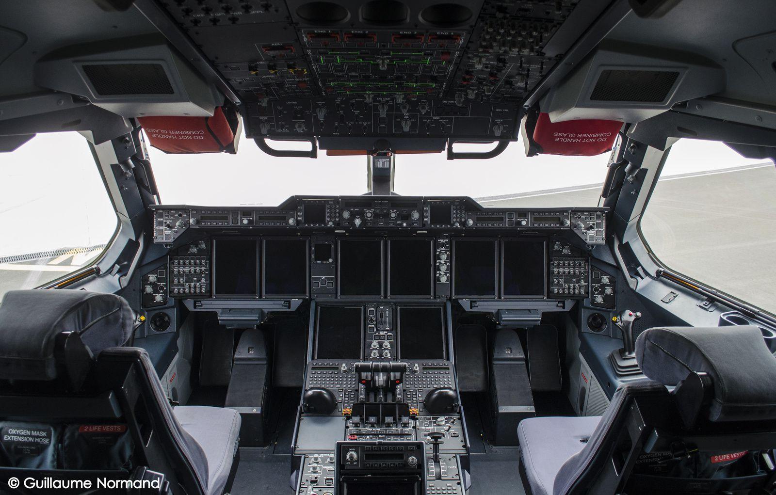 PHOTOS - Le SIGEM a fait escale sur la base aérienne 123 d'Orléans-Bricy