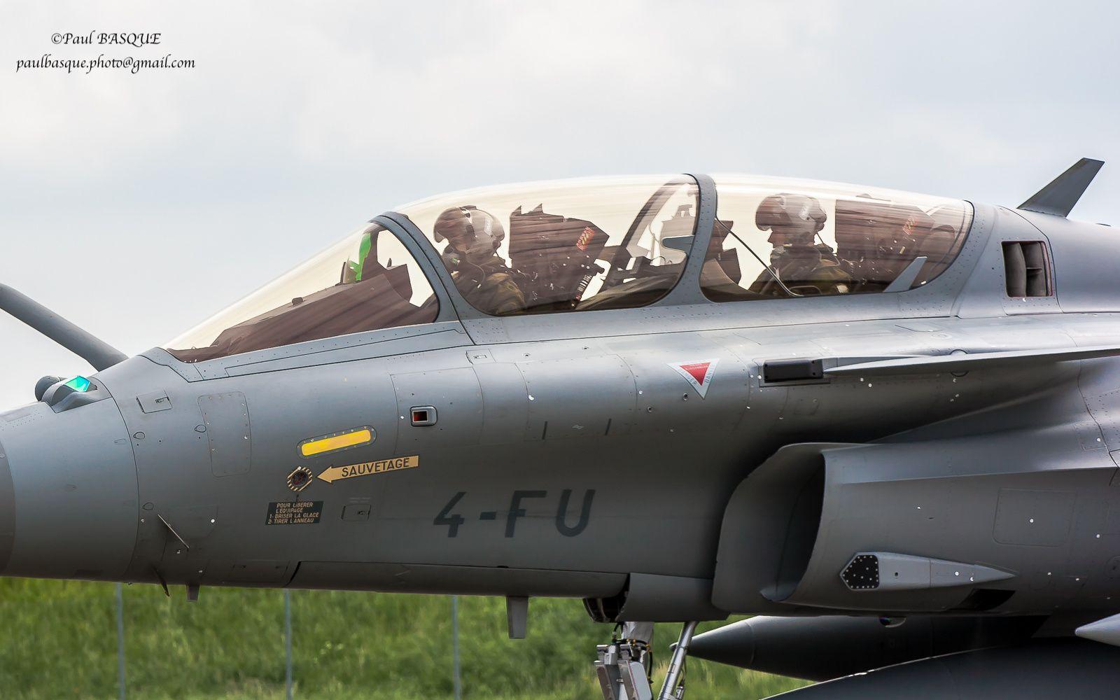 © Paul Basque - Les deux pilotes sont ici porteurs du viseur de casque TARGO II.