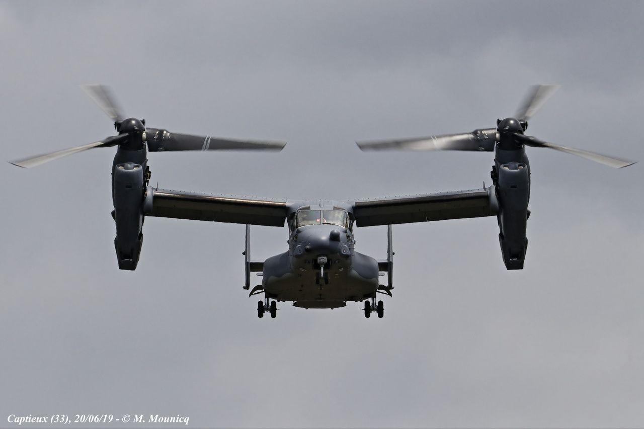 Pouvant transporter jusqu'à une quarantaine de soldats équipés à plus de 420 km/h en croisière par tous les temps, l'Osprey est particulièrement taillé pour les opérations spéciales
