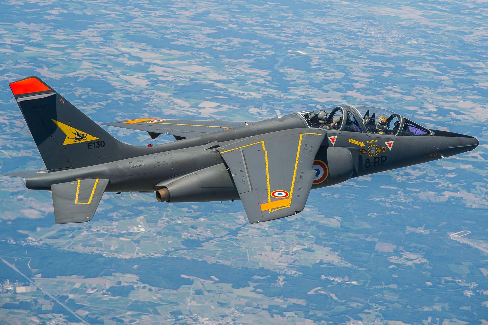 Formation des pilotes dans l'armée de l'Air : entre besoin de modernité et retards
