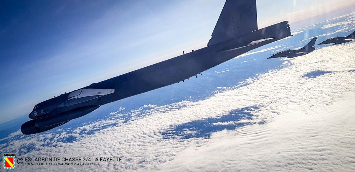 L'EC 2/4 La Fayette escorte des bombardiers B-52H de l'US Air Force