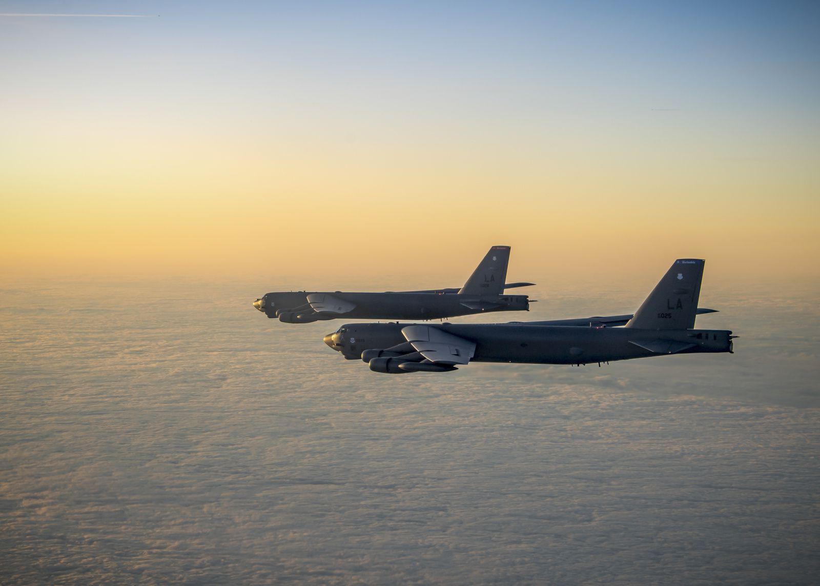 PHOTOS - Les B-52H Stratofortress s'entraînent à travers l'Europe