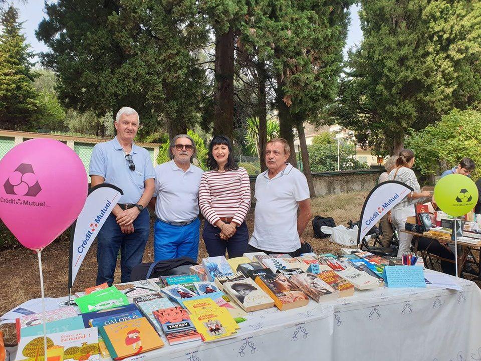 Festival du livre d'occasion 2019 du Cercle Blasco Ibañez à Fontana Rosa, le jardin des romanciers