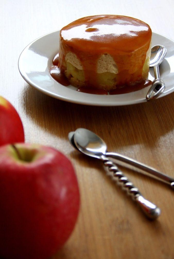 Entremets aux pommes et caramel