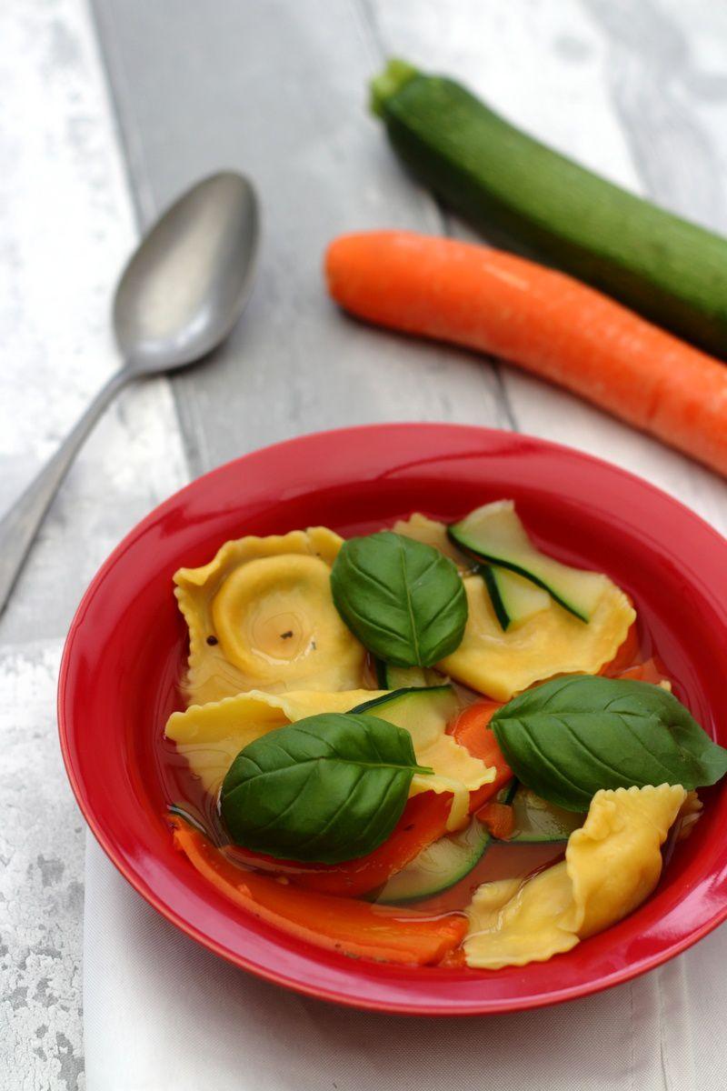 nage de ravioli aux légumes