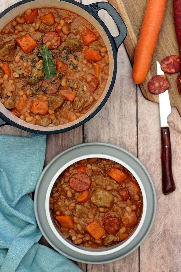 Sauté de veau aux haricots blancs, chorizo et carottes