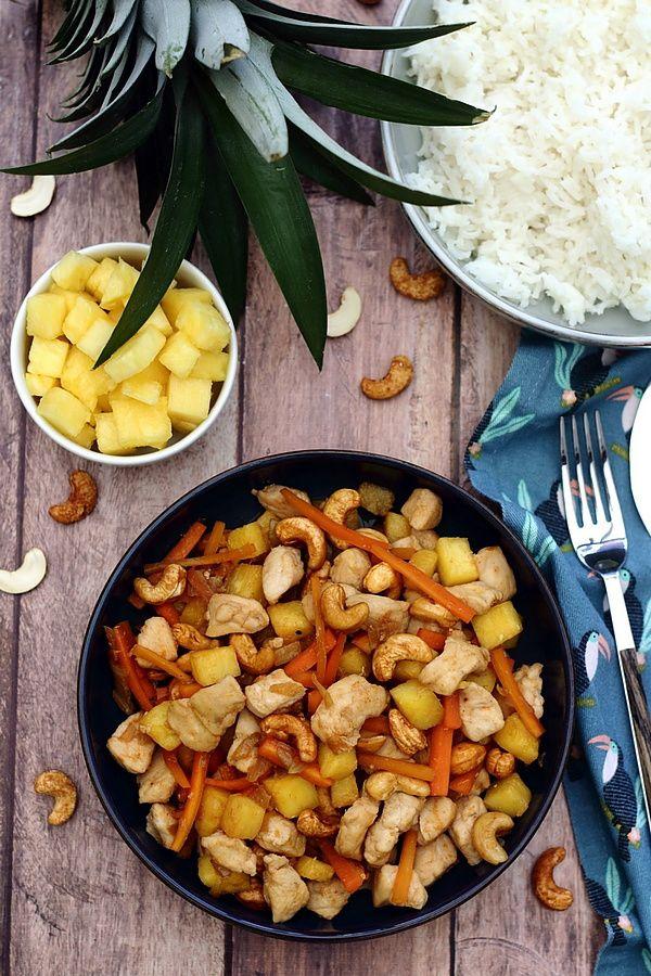 Poulet sauté aux noix de cajou et ananas