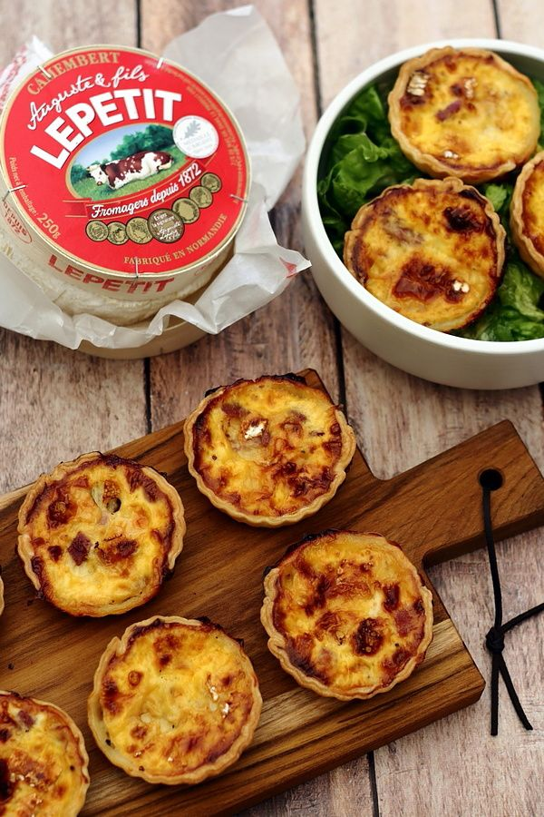 Quiches apéritives au camembert et bacon