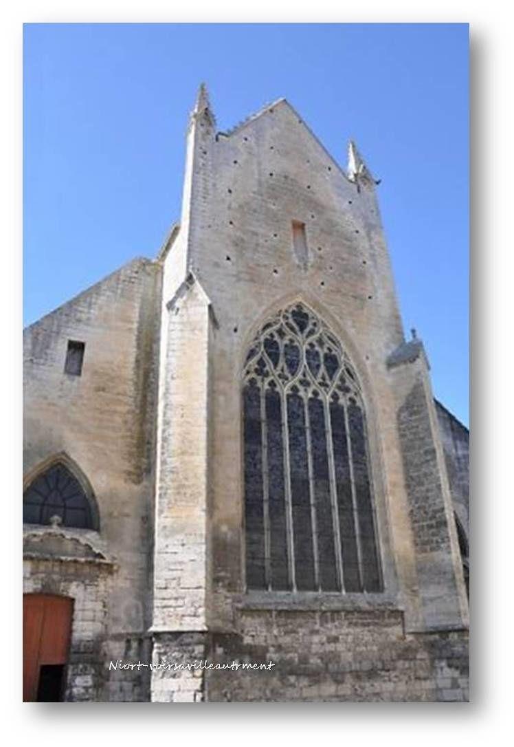 L'Arbre de Jessé (XVe siècle) restauré avec talent  par Jeannette Weiss-Grüber, artiste verrier.