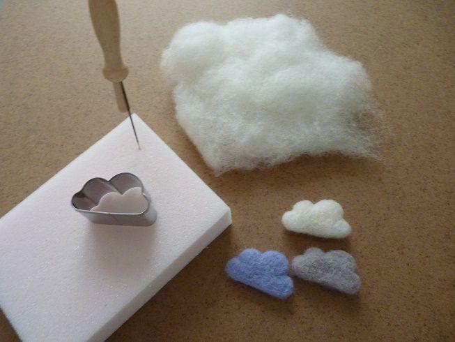DIY °° Broche petit nuage en laine cardée
