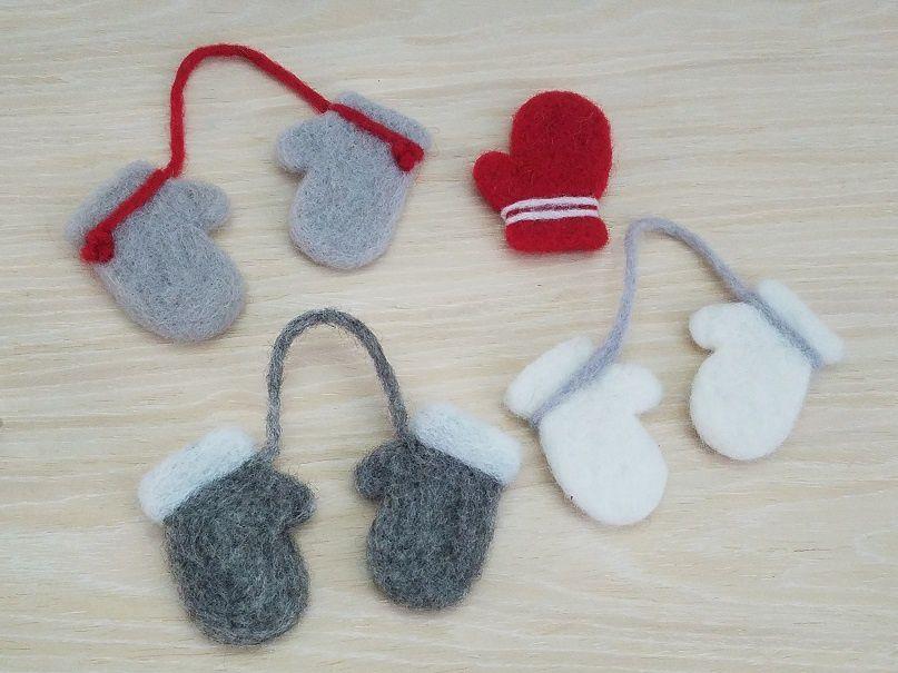 Nouveauté : Kit petites moufles feutrées pour Noël