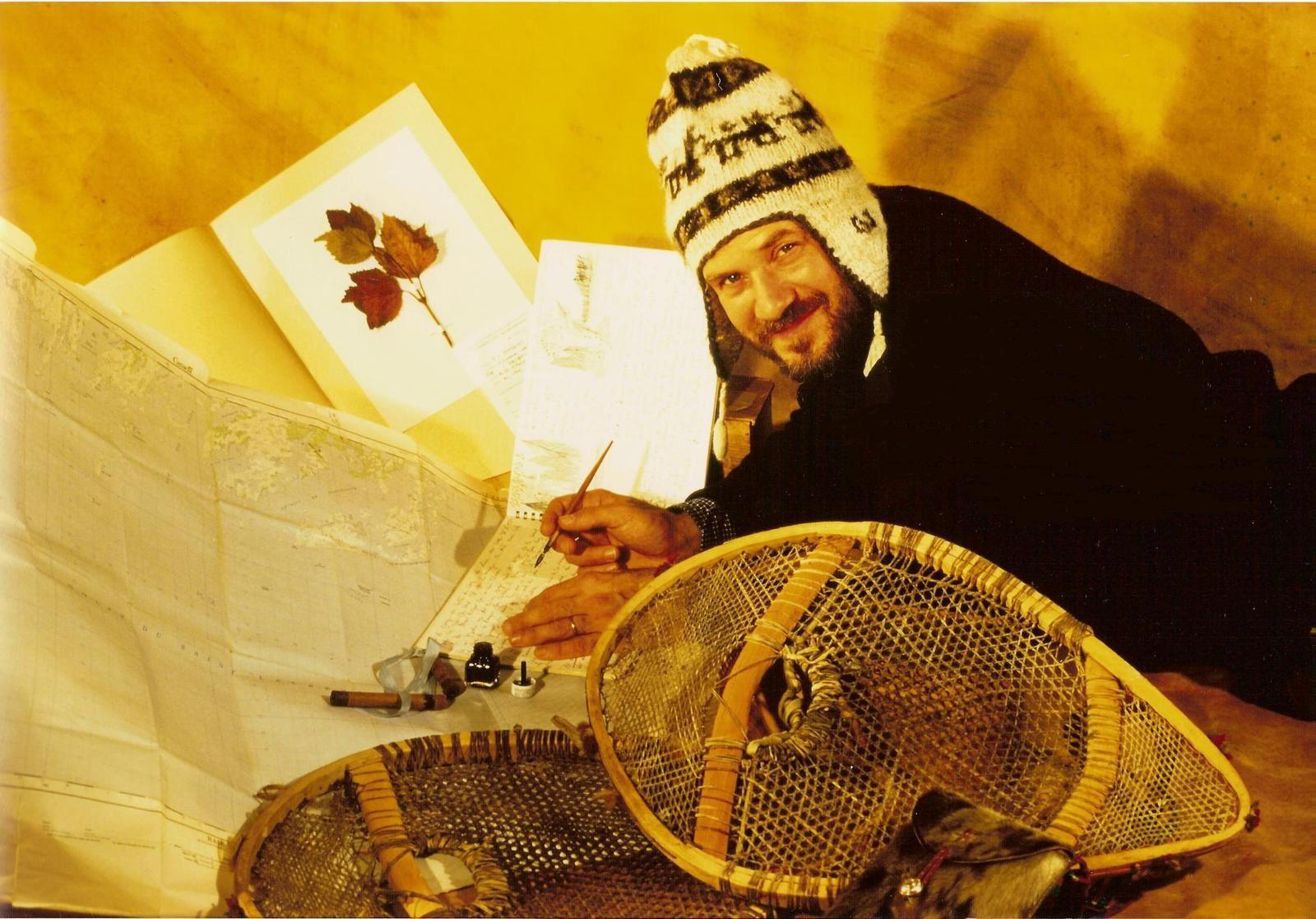 Pierre-Olivier Combelles photographié à Paris par Alain Rastoin lors du 60e anniversaire du Club des Explorateurs en 1995