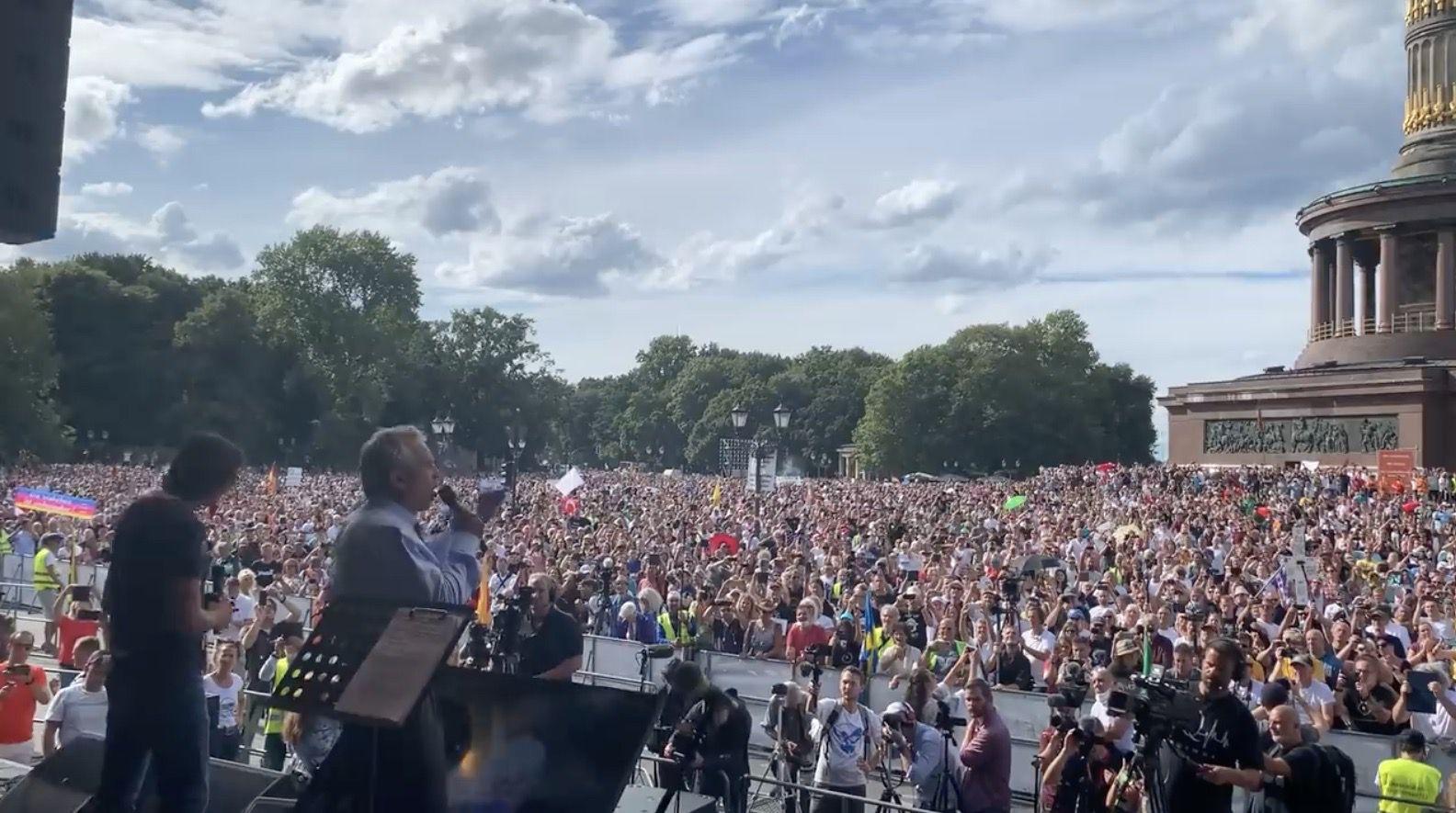 Combattre le totalitarisme global: discours historique de Robert F. Kennedy Jr. à Berlin (29 août 2020)