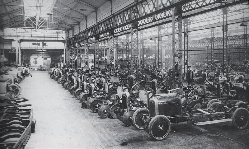 Citroën's car factory in 1918