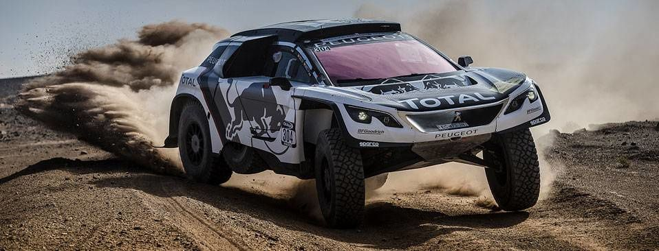 THE PEUGEOT 3008DKR ON TOP