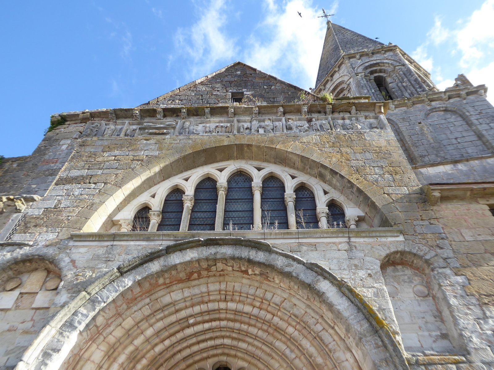 Visite de Montmorillon, cité de l'écrit...