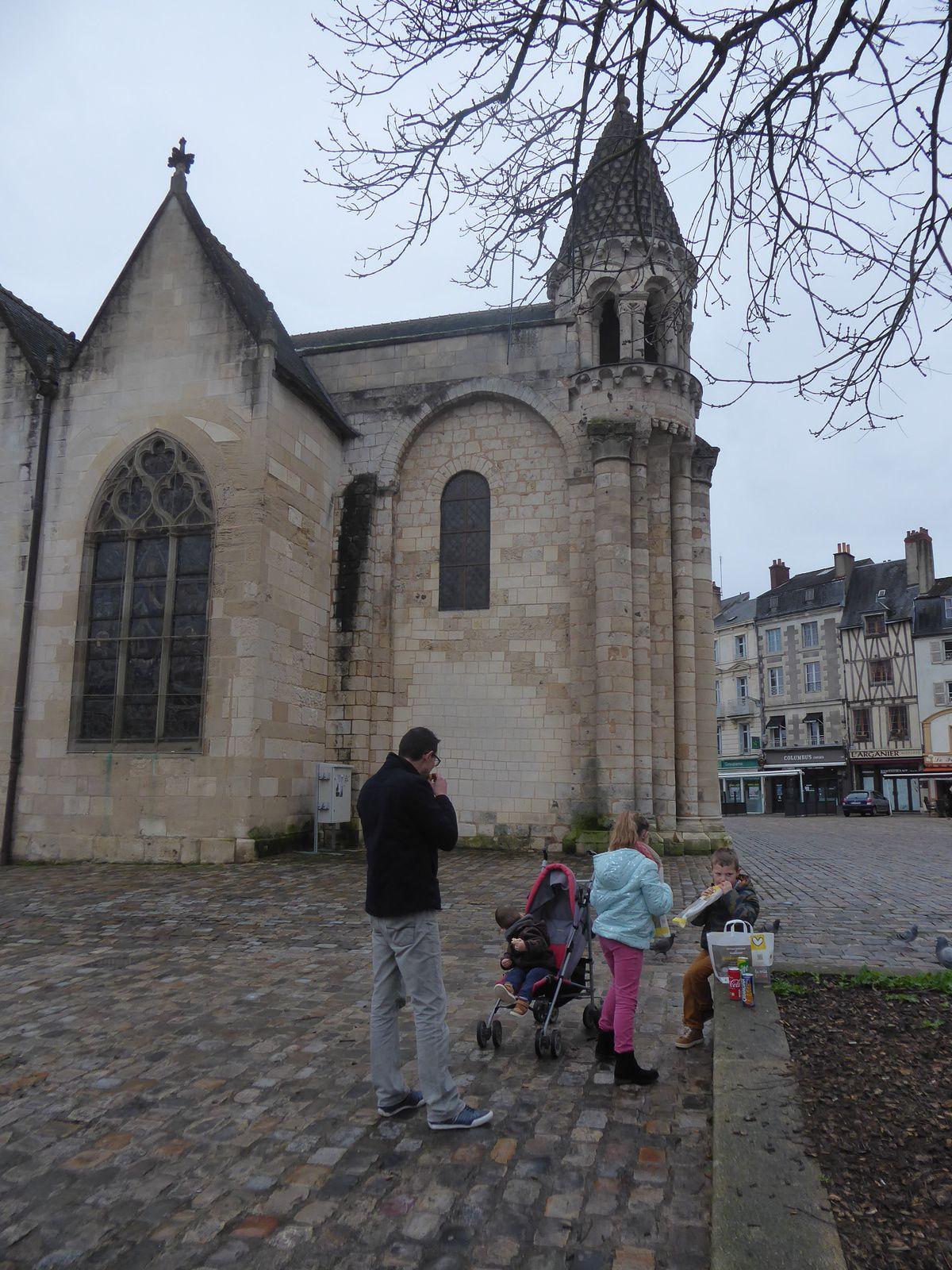 Palais des ducs d'Aquitaine...et chapelle Notre-Dame