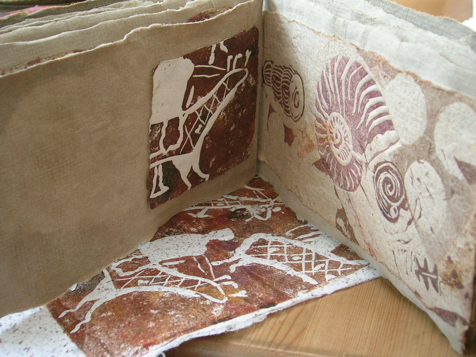 Gravures lino de fossiles et de peintures rupestes mongoles