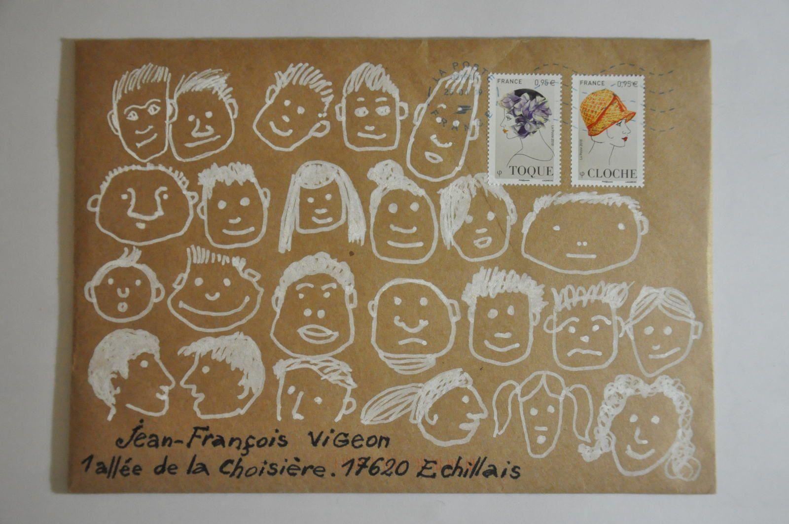Merci à Philippe Charron qui me lance le défi de recomposer une fresque avec les 18 ATC qu'il m'a envoyés...