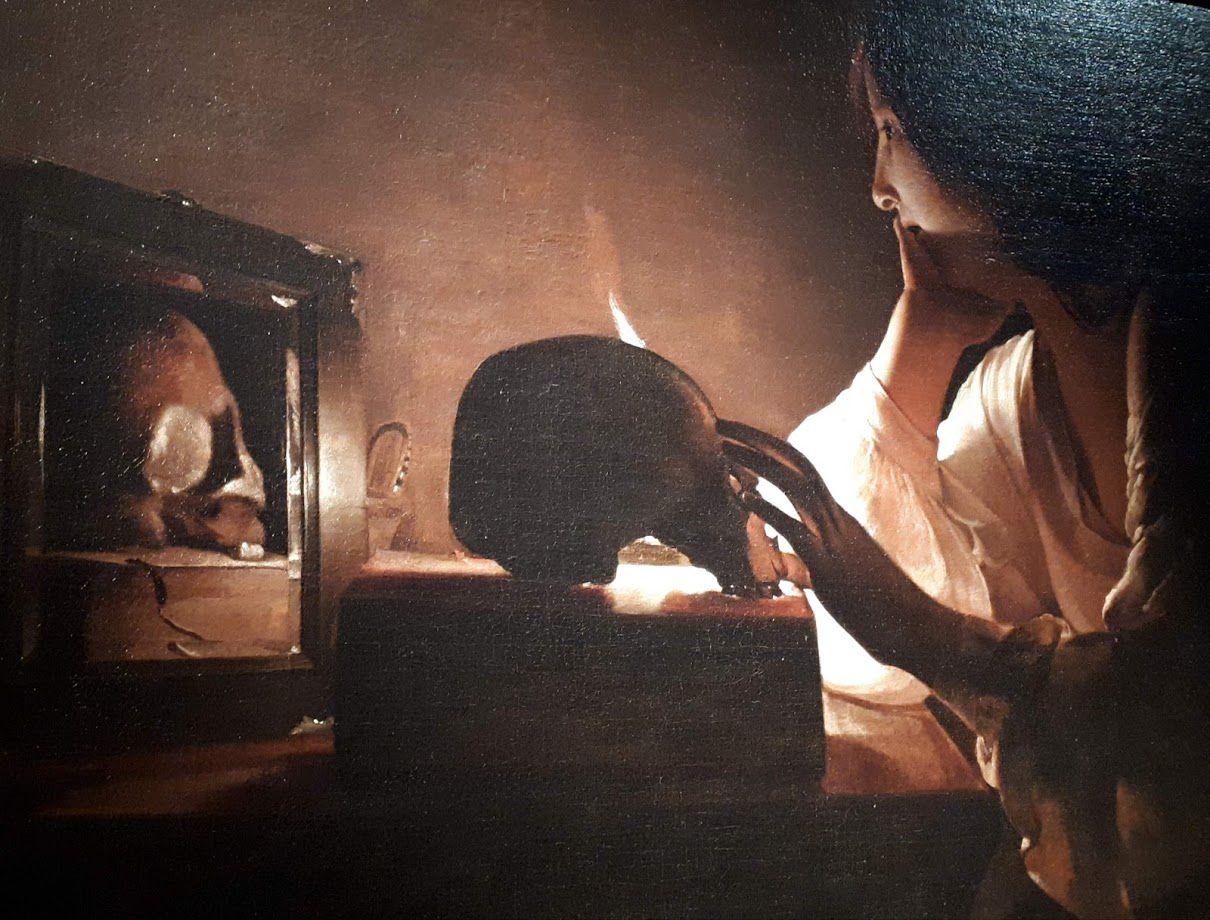 La Madeleine au miroir, dite aussi La Madeleine pénitente, est un tableau peint vers 1635-1640. Elle est conservée à la National Gallery of Art, à Washington. L'ancienne prostituée y est représentée assise, accoudée contre un meuble, une main soutenant son visage, l'autre posée sur un crâne derrière lequel apparaît la flamme d'une bougie. Posé sur un livre, le crâne se reflète dans un miroir placé devant un panier en osier. La partie inférieure de la toile est plongée dans une pénombre ne permettant pas d'en déceler les détails. Au sein de cette vanité, Marie Madeleine semble perdue dans sa méditation sur ses fautes passées et sur le caractère éphémère de la vie. Les cheveux lâchés selon son iconographie habituelle, elle est revêtue d'une chemise laissant transparaître son épaule gauche.