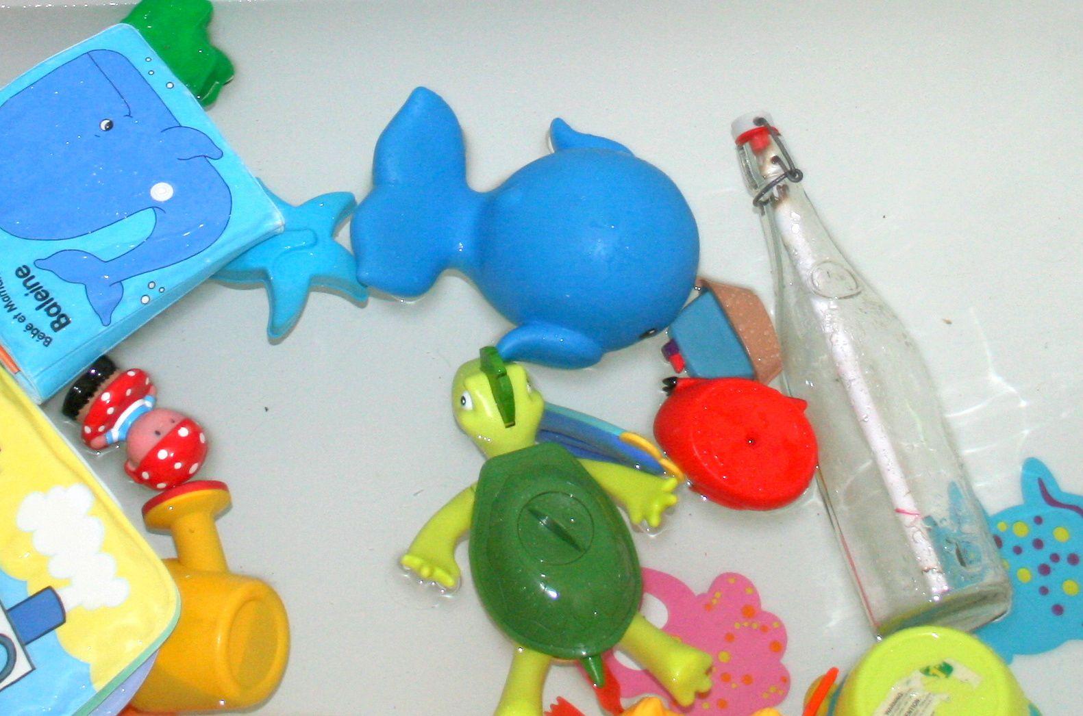 Une bouteille a la mer !Anniversaire, fête d'enfants la chasse au trésor marin.