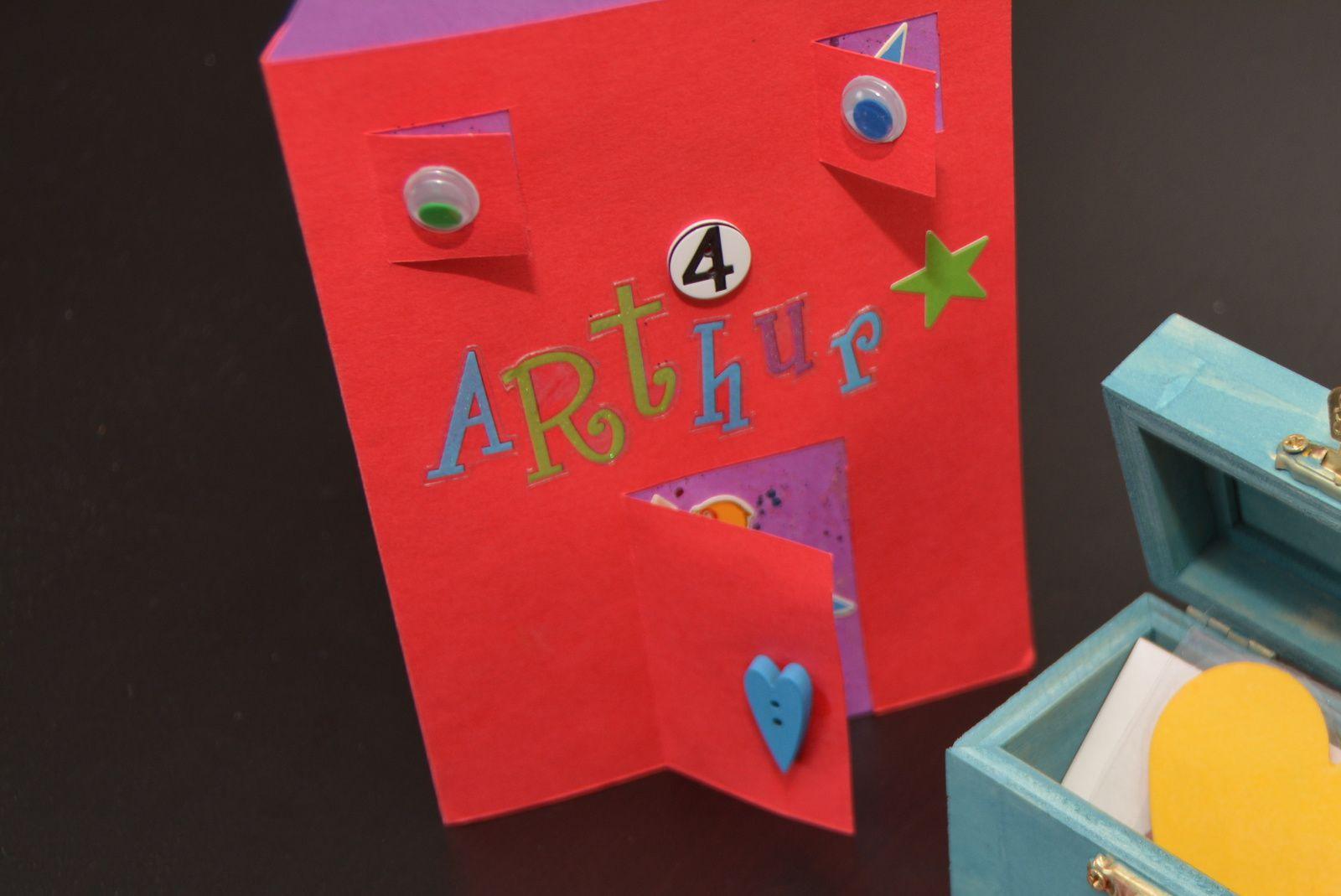 carte d anniversairearthur- enfant- 4 ans- maison- surperman - charlotteblabla blog*