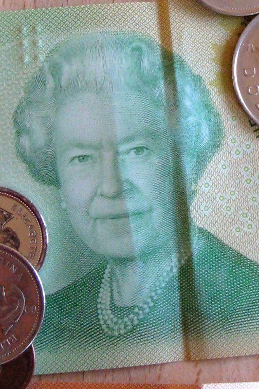 piece , billets, monnaie du canada en usage à Montréal, au Québec est le dollars canadien, $cad