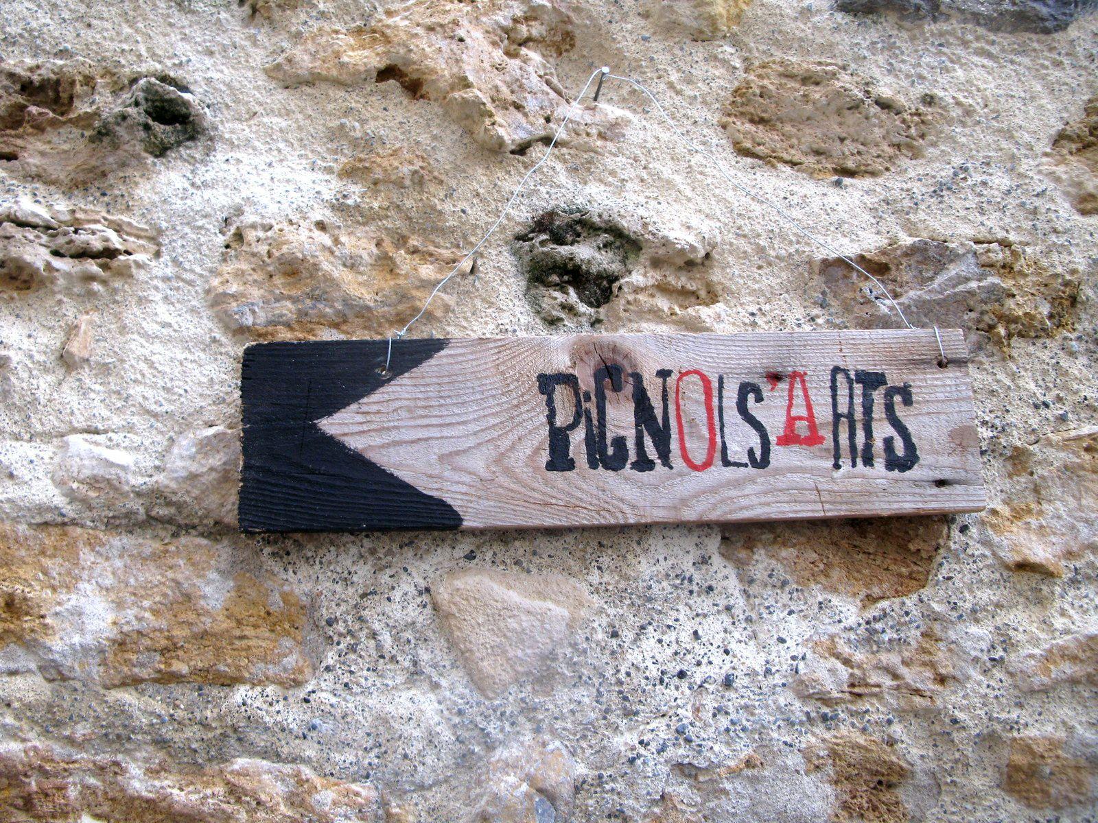 les pancartes de Pignols pendant le festival pignols'arts- sur charlotteblabla blog*