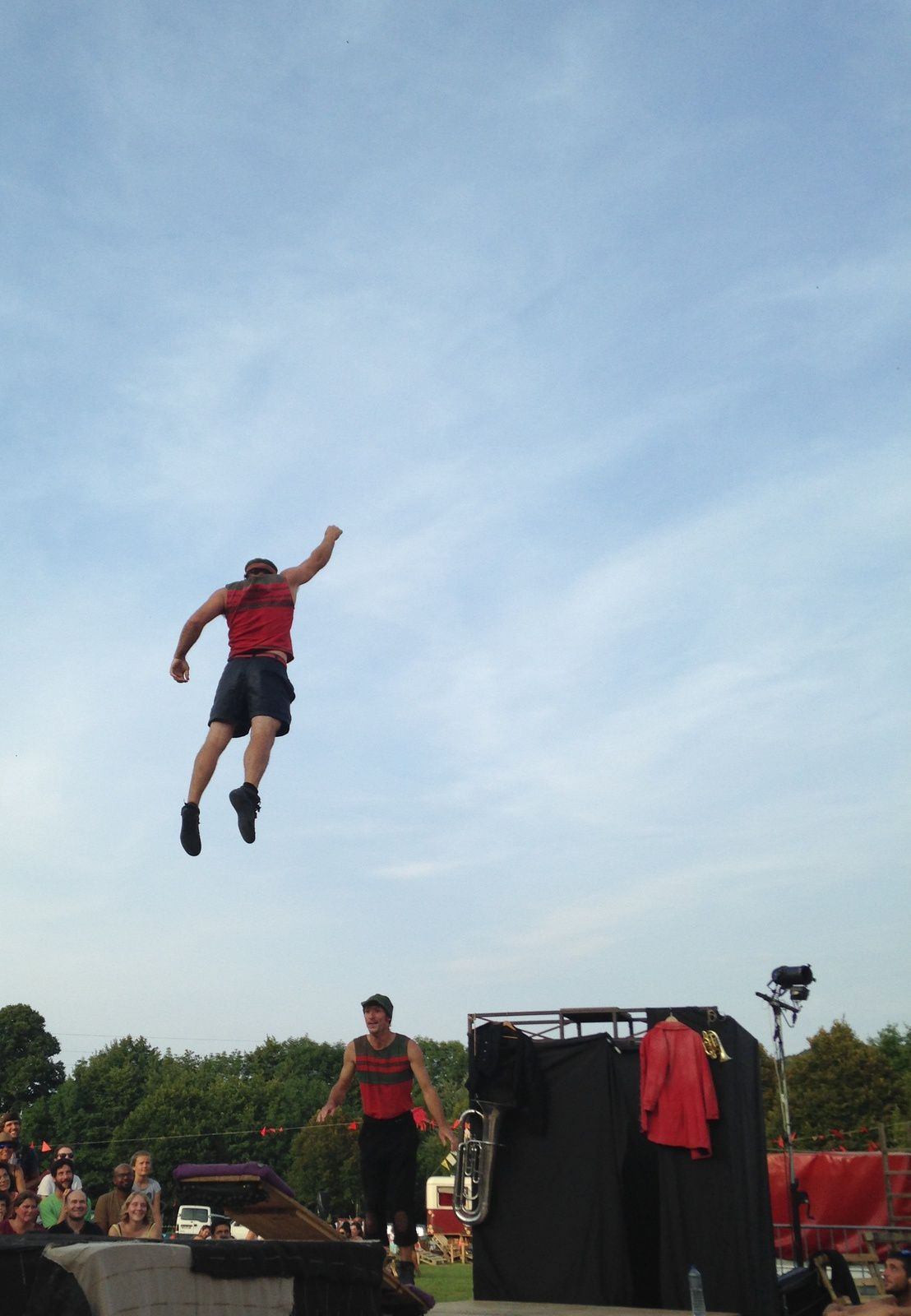 #cietoidabord #encoreplus #cirque #saut #theatre #aurillac #festival #charlotteblabla blog
