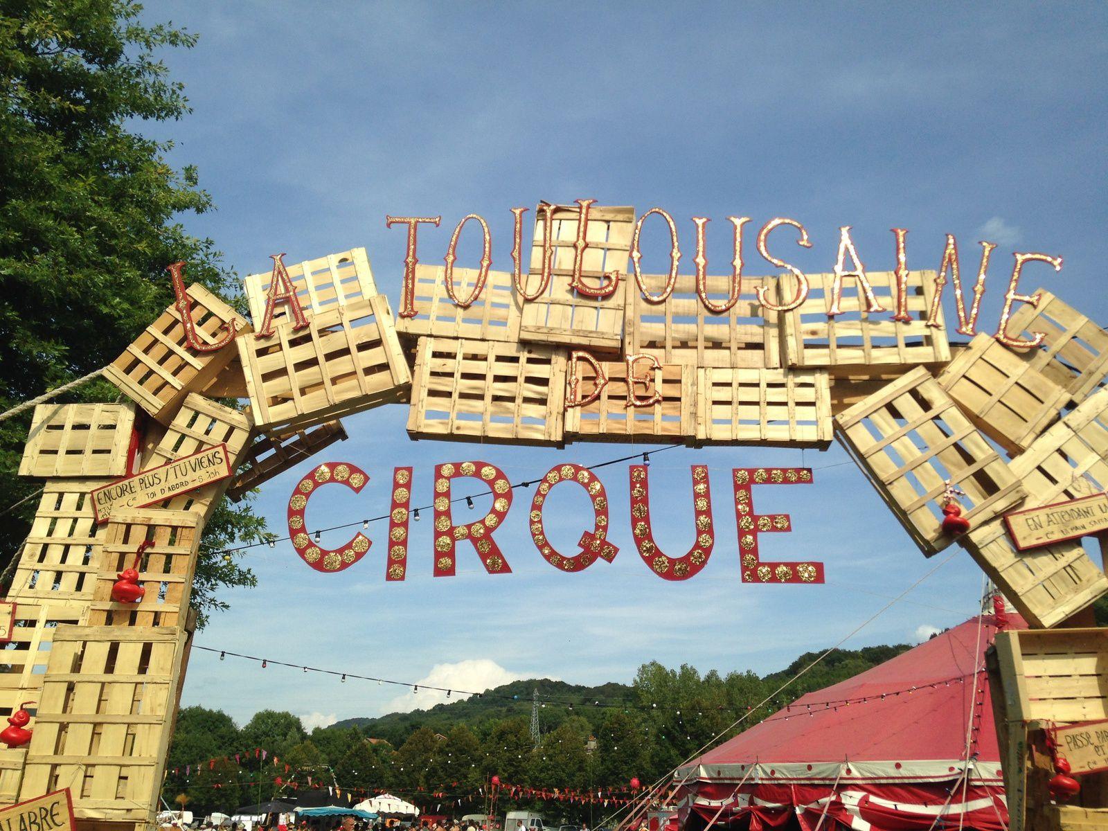 #latoulousaine #cirque #theatre #aurillac #festival #couleurs #charlotteblabla blog