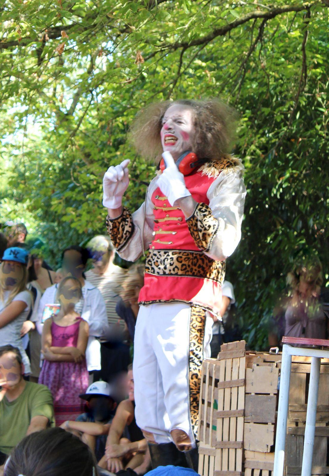 Le #Dompteur de sonimaux , avec la compagnie #cheesecake #ramonville #festival #theatrederue #charlotteblabla blog