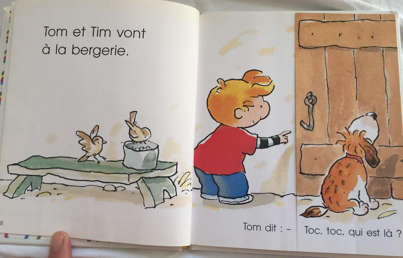 Tim et Tom balade à la ferme, livre enfant à rabat , les crottes caca d'animaux sur charlotteblablablog