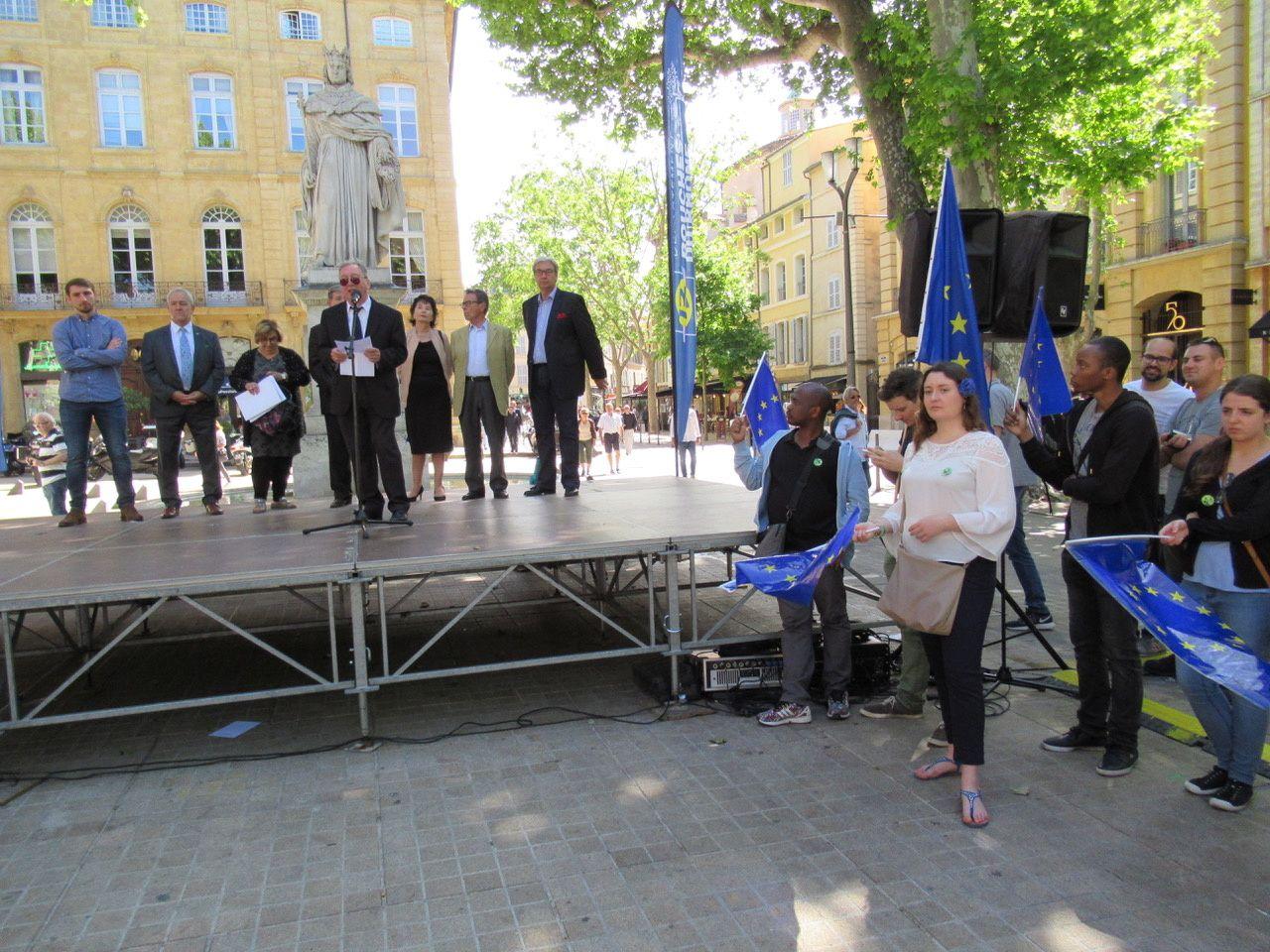 Le Consul, Jean-Marie Martin lors du discours de M. A.P Merger, président de la Maison de l'Europe à AIX