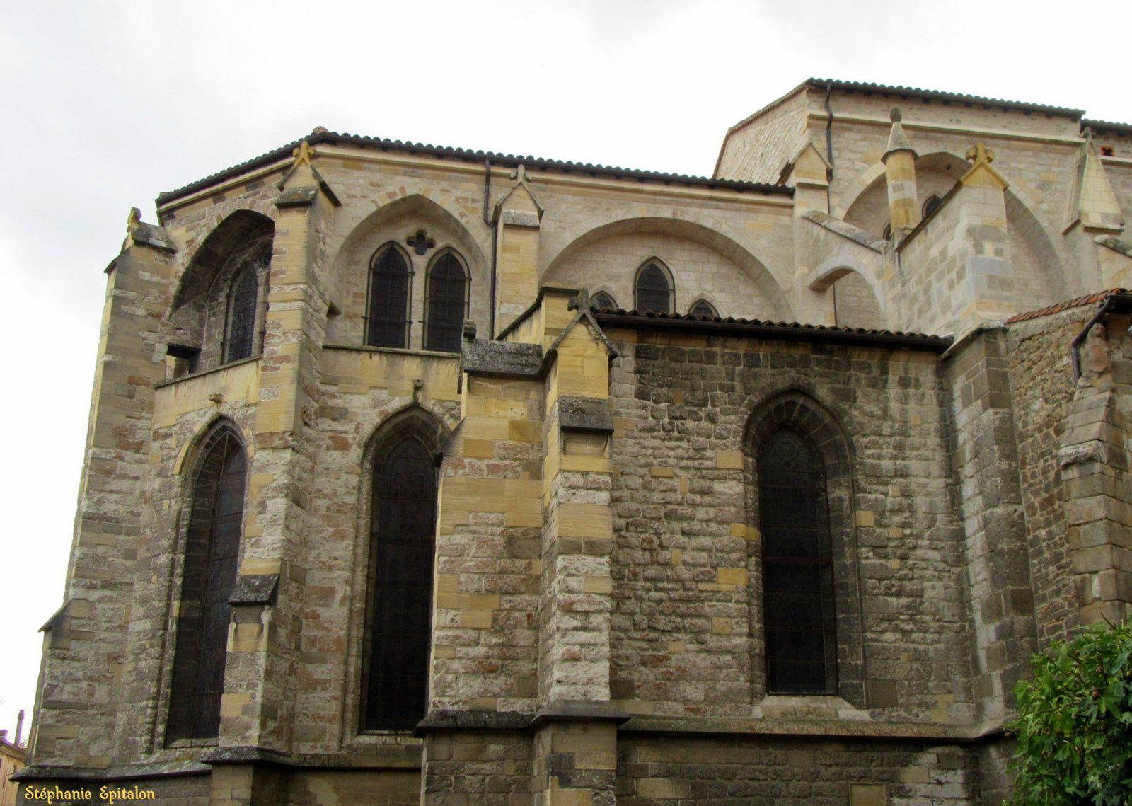 Collégiale Notre Dame d'Espérance : l'extérieur (Montbrison, 42600)