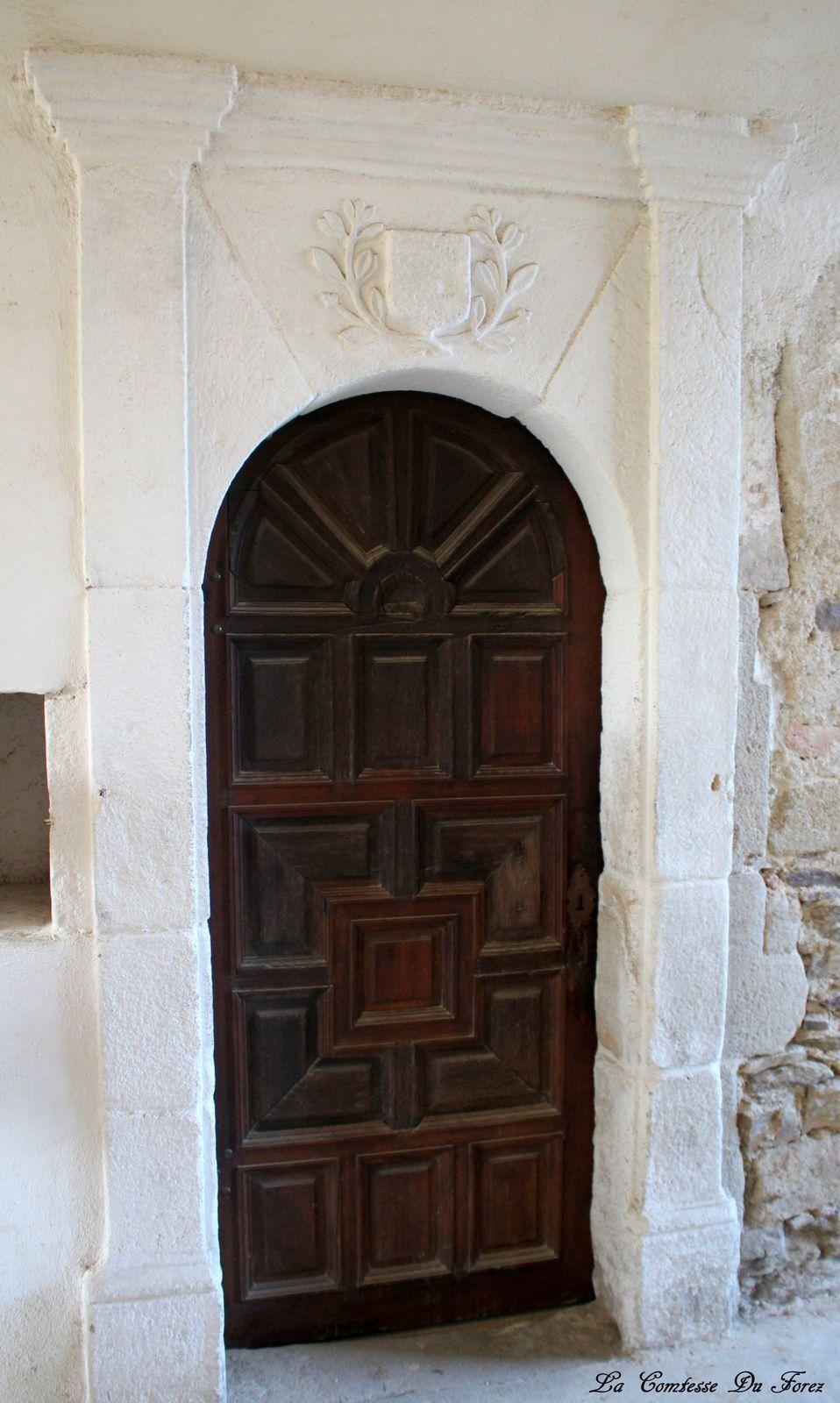 l'étrange clef pour ouvrir l'ermitage d'un père ..ici vous visitez une reconstitution d'un ermitage...
